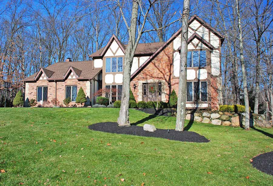 Brecksville Home For Sale Backing to Cuyahoga Valley National Park
