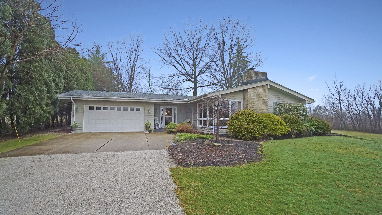 10258 Highland Drive, Brecksville, OH 44141