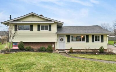 11375 Glen Oval, Parma Heights, OH 44130