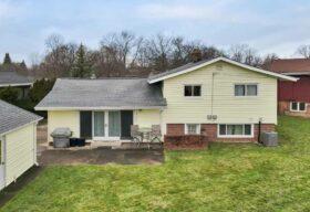 11375 Glen Oval, Parma Heights, OH 44130 - Backyard Photo