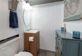 11375 Glen Oval, Parma Heights, OH 44130 - Lower Level Half Bath Photo