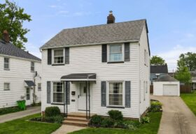 12912 Thraves Rd, Garfield Heights, OH 44125